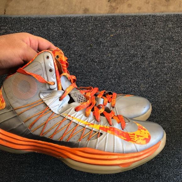 on sale e2621 687cd Men s Nike hyperdunk Syracuse size 10 2012. M 5b3ed1a6619745b378c51c98